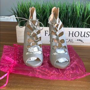 Brand new Lola shoetique heels